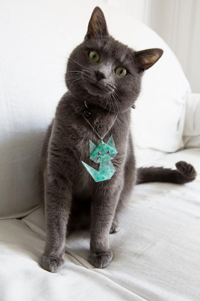 Ignace solidaire de Loki, avec son pendentif © Le MuZographe